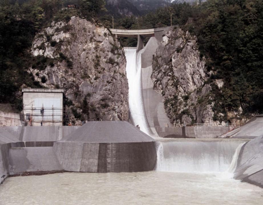 Staudamm1.jpg